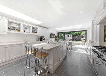 Thumbnail 5 bed terraced house to rent in Langroyd Road, London