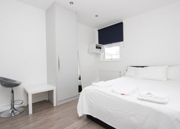 Room to rent in Chapter Road, London NW2