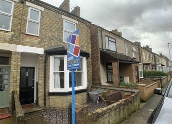 3 bed semi-detached house to rent in South View Road, Peterborough, Cambridgeshire PE4