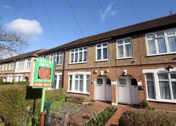 Thumbnail 1 bed maisonette for sale in Avondale Avenue, Staines, Surrey
