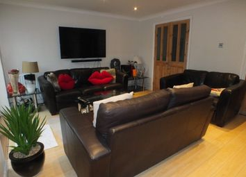 Thumbnail Room to rent in White Horse Road, Windsor