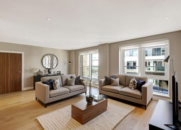 Thumbnail 3 bed flat for sale in Longfield Avenue, London
