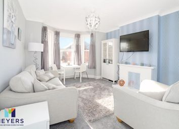 Abinger Road, Bournemouth BH7. 2 bed flat for sale