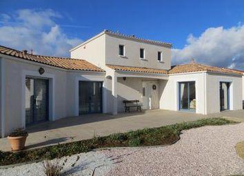 Thumbnail 4 bed property for sale in Le-Bernard, Vendée, France