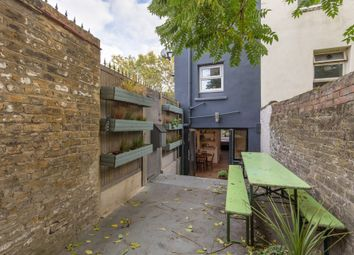 Thumbnail 1 bed flat for sale in Daneville Road, Camberwell