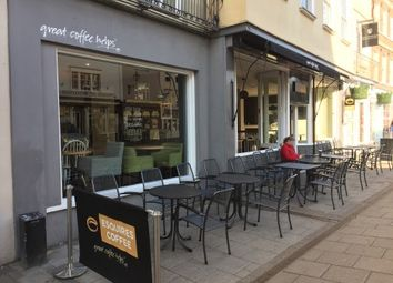 Thumbnail Commercial property for sale in High Street, Windsor