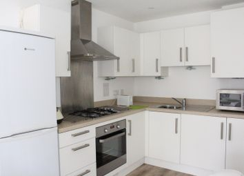 Thumbnail 1 bed flat for sale in 16 Wells View Drive, Bromley