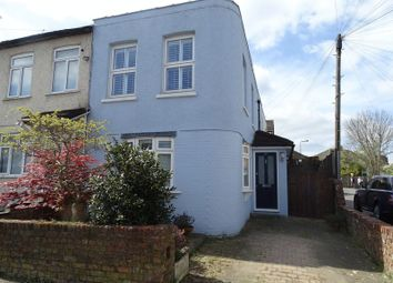 Thumbnail 2 bed property to rent in Sebright Road, Barnet