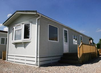 Thumbnail 2 bed mobile/park home for sale in Kenwood Park, Hollym Road, Withernsea