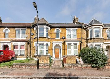 2 bed maisonette for sale in Forest Drive East, London E11
