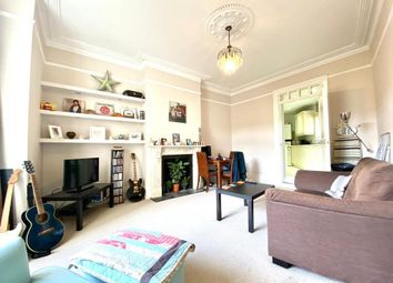 Thumbnail 1 bed flat to rent in Dingwall Road, Earlsfield, London