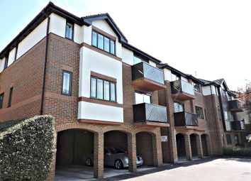 Thumbnail 2 bedroom property to rent in London Road, Loudwater, High Wycombe