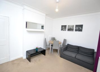 Thumbnail Studio to rent in Gibson Close, London