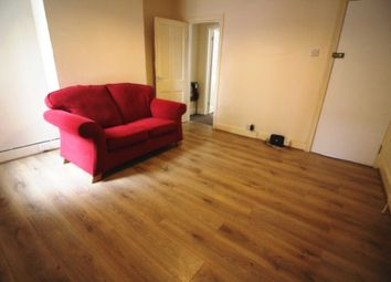 Thumbnail 1 bedroom flat to rent in Alma Street, Reading