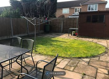Room to rent in Swanbourne Drive, Hornchurch RM12