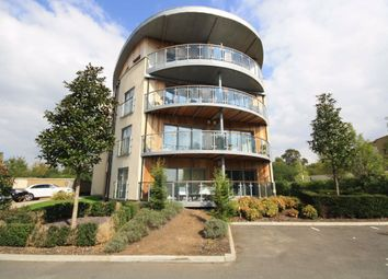Thumbnail 2 bed flat to rent in Blagrove Road, Teddington