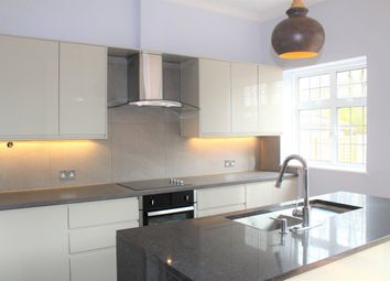 Thumbnail 2 bedroom flat to rent in Manor View, London