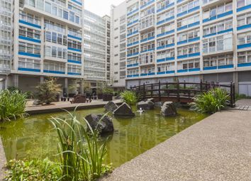 Thumbnail Studio to rent in Metro Central Heights, Newington Causeway, London
