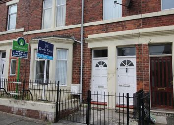Thumbnail 1 bed flat for sale in Dunston Road, Dunston, Gateshead