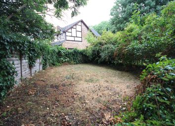 Thumbnail 1 bed maisonette for sale in Forlease Road, Maidenhead