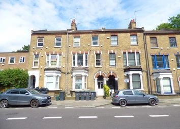 Thumbnail 3 bed flat to rent in Archway Road, London