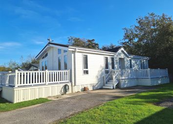 Thumbnail Mobile/park home for sale in Vinnetrow Road, Runcton, Chichester