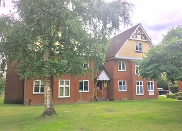 Thumbnail 2 bed flat to rent in Rectory Road, Wokingham