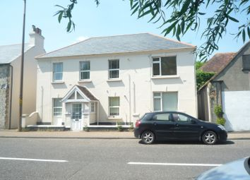 2 bed flat to rent in St. Pancras, Chichester PO19