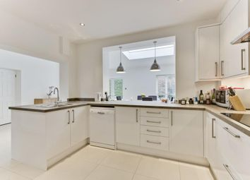 Thumbnail 4 bed detached house to rent in Rosslyn Park, Weybridge