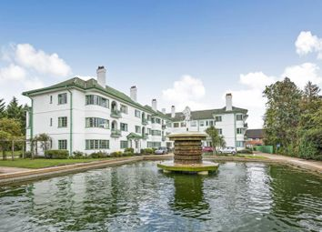Pinner Court, Pinner HA5. 2 bed flat