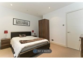 Room to rent in North Tenter Street, London E1