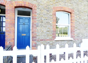 Thumbnail Terraced house to rent in Holly Walk, Enfield