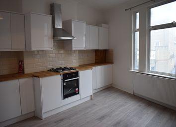 3 bed flat to rent in Hoe Street, Walthamstow, London E17