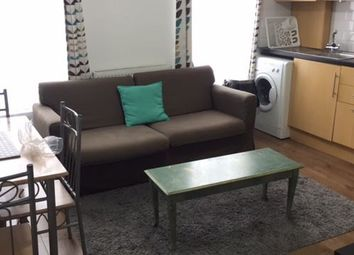 3 bed maisonette to rent in Caledonian Road, Kings Cross N1