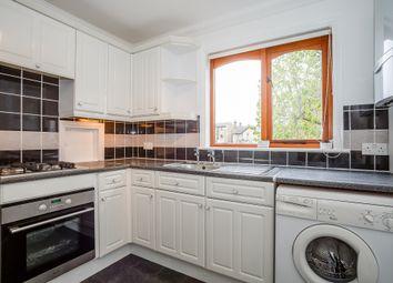 Thumbnail 2 bedroom flat to rent in Queens Road, Royston