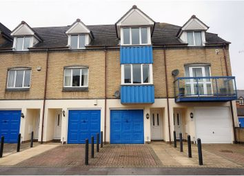 Thumbnail 3 bed town house for sale in Atlantic Close, Southampton