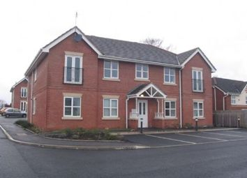 2 bed flat to rent in Hollin Well Close, Middleton, Manchester M24