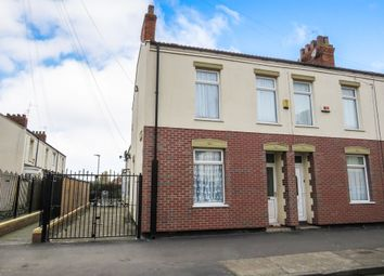 Thumbnail 3 bed end terrace house for sale in Holland Street, Hull