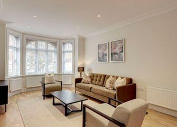 3 bed flat to rent in King Street, London W6