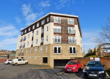 Thumbnail 2 bed flat for sale in View Croft Road, Shipley