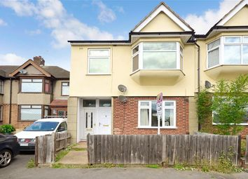 Thumbnail 2 bedroom maisonette for sale in Hornchurch Road, Hornchurch, Essex