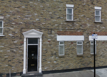 Thumbnail 1 bed flat to rent in Grove Road, Bow