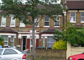Thumbnail Studio to rent in Griffin Road, Plumstead