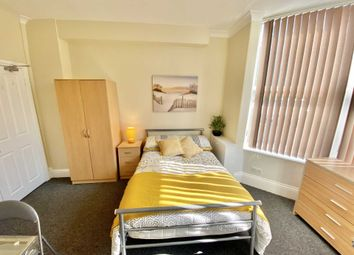 Thumbnail Room to rent in South Park, Lincoln