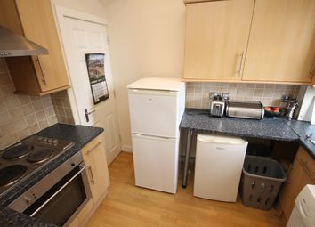 Thumbnail Room to rent in Grimthorpe Street, Headingley, Leeds