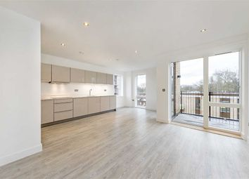 Thumbnail 2 bedroom flat for sale in Lansdowne Drive, London