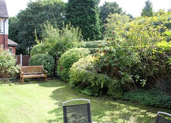 Crawshaw Gardens, Pudsey LS28