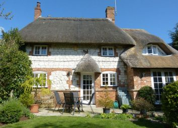 Thumbnail 3 bedroom cottage for sale in East Chisenbury, Pewsey