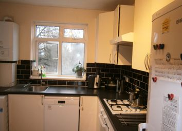 Thumbnail 2 bed flat to rent in Cavendish Avenue, Harrow