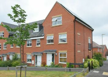 Thumbnail 3 bed town house for sale in Ryeland Way, Andover
